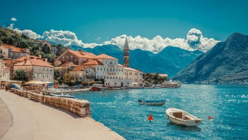 Lennot Montenegroon
