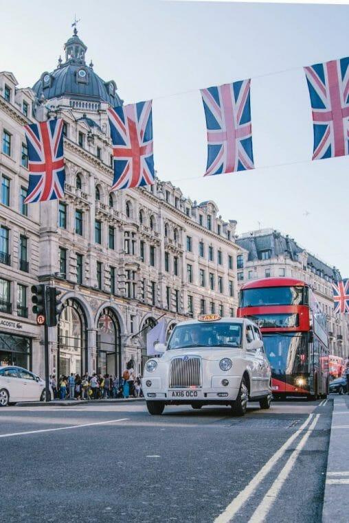 Lontoo lennot