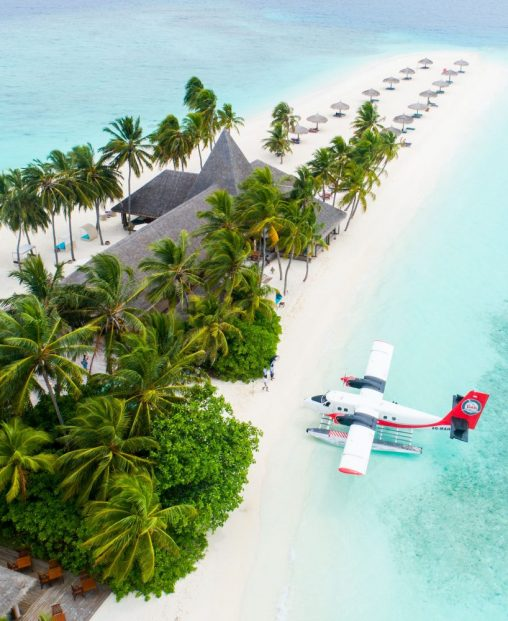 Lennot Malediiveille